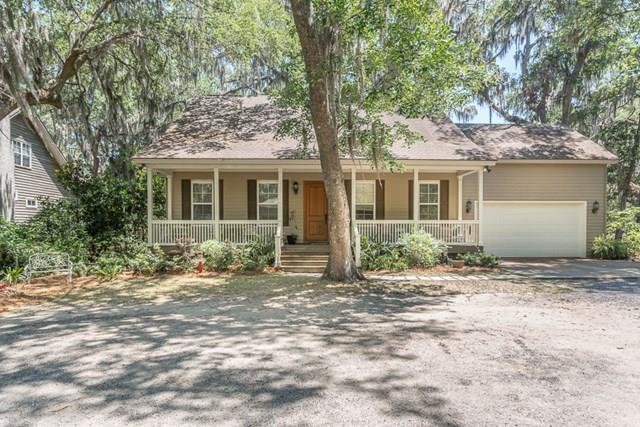 1043 Shade Tree Lane SE, Darien, GA 31305