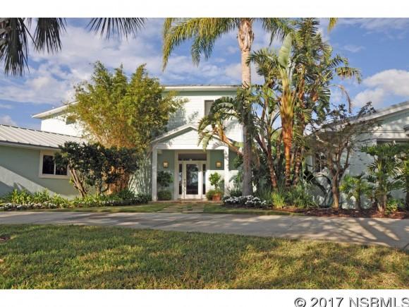 111 Cunningham Dr, New Smyrna Beach, FL 32168
