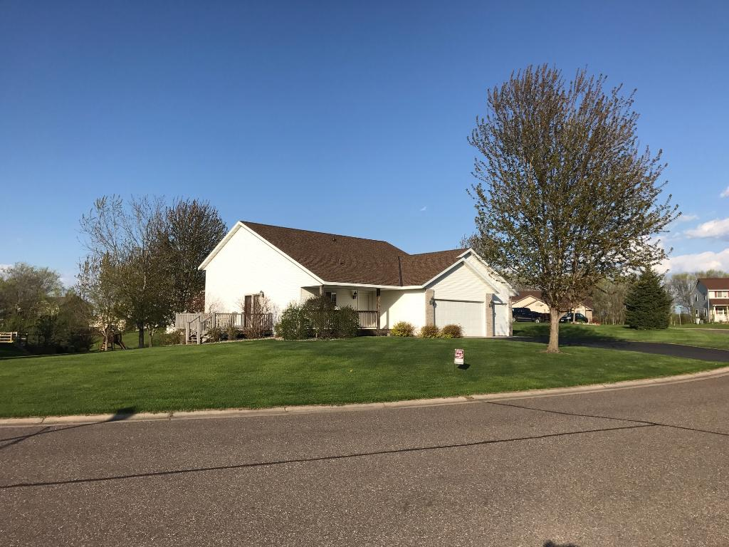 8157 Trappers Ridge Drive, Clear Lake, MN 55319