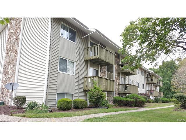 2041 Gascony Parc, Lake St Louis, MO 63367