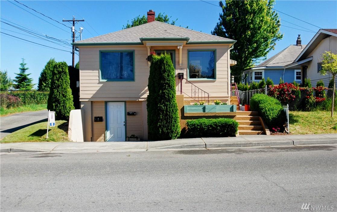 1911 13th St, Everett, WA 98201