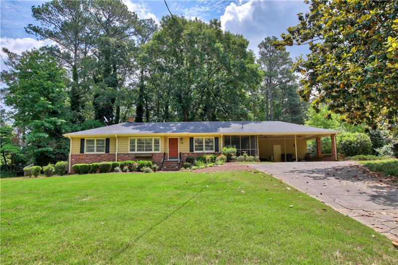 136 Spring Drive, Roswell, GA 30075