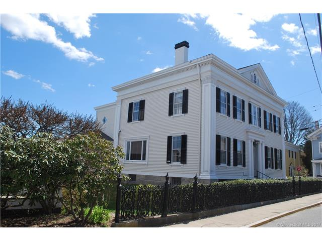 1 Main St, Stonington, CT 06378