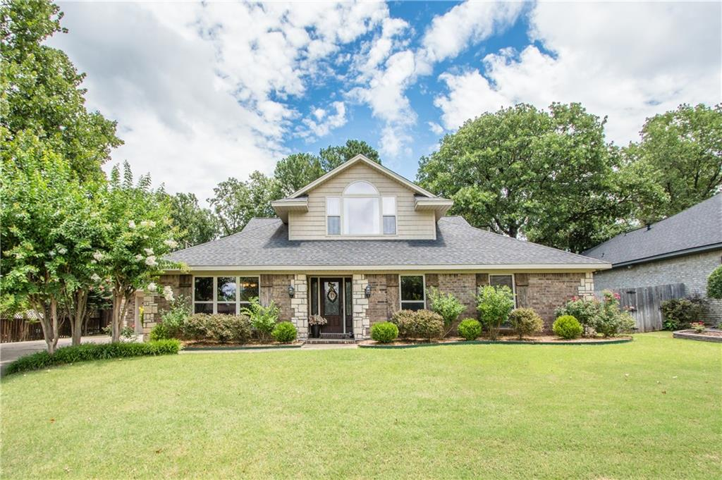 2307 Camelot DR, Fort Smith, AR 72903