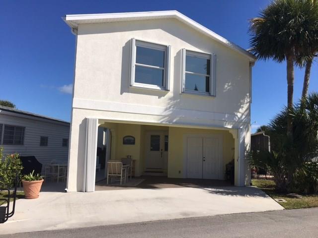 889 Nettles Blvd, Jensen Beach, FL 34957