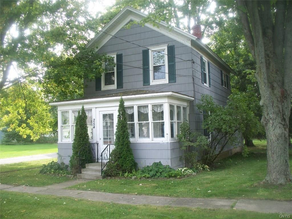 254 Lake Street W, Cape Vincent, NY 13618