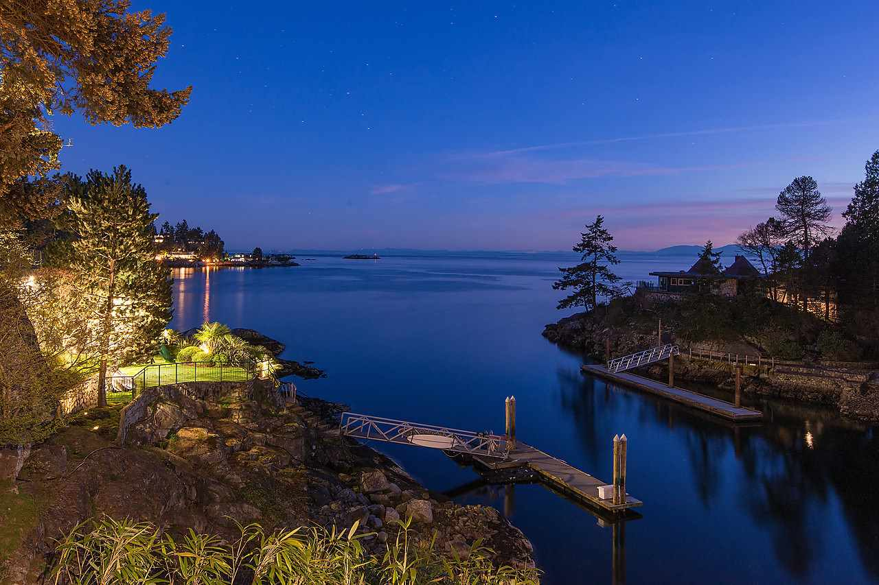 5770 EAGLE HARBOUR ROAD, West Vancouver, BC V7W 1P5