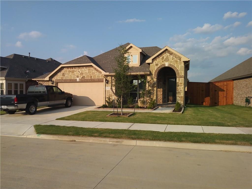 1205 Roadrunner Drive, Little Elm, TX 75068