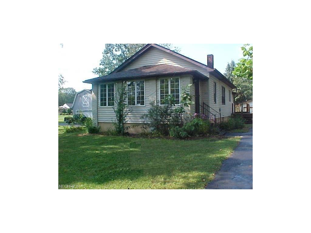 2174 Tibbetts Wick Rd, Girard, OH 44420