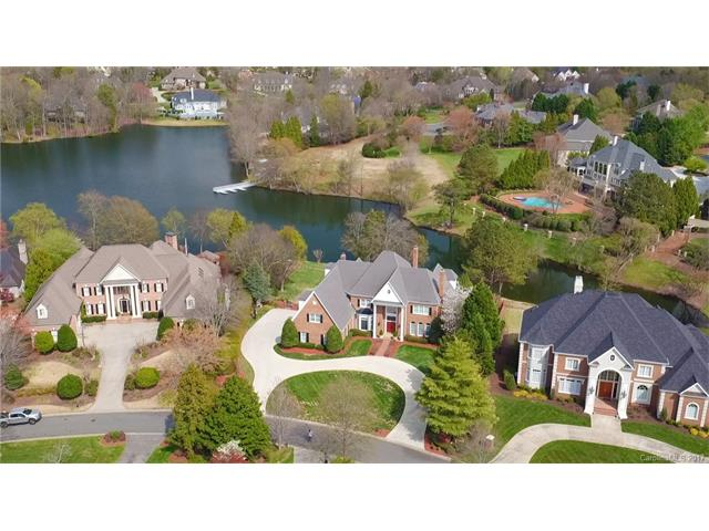 8731 Lake Challis Lane, Charlotte, NC 28226