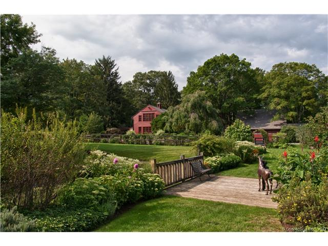 2 Race Hill Rd, Madison, CT 06443