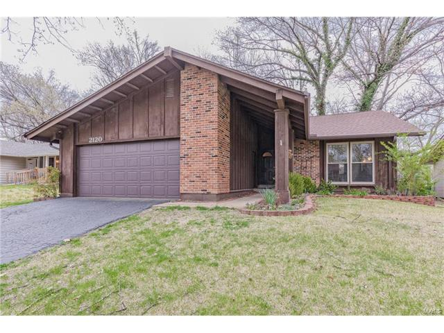 2120 Butterfield Court, Maryland Heights, MO 63043