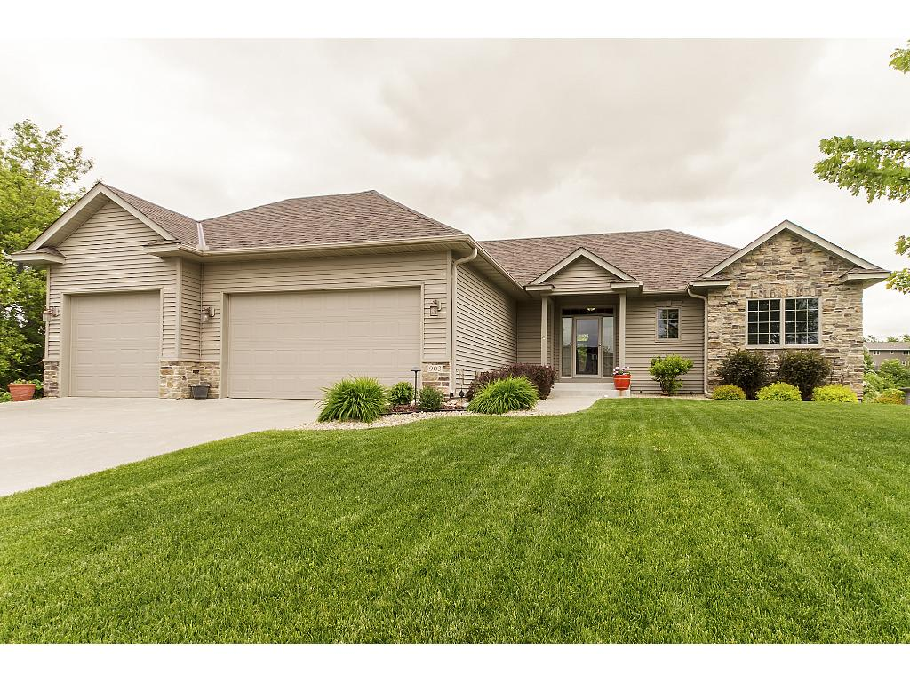 903 Bluff Heights Drive SE, Lonsdale, MN 55046