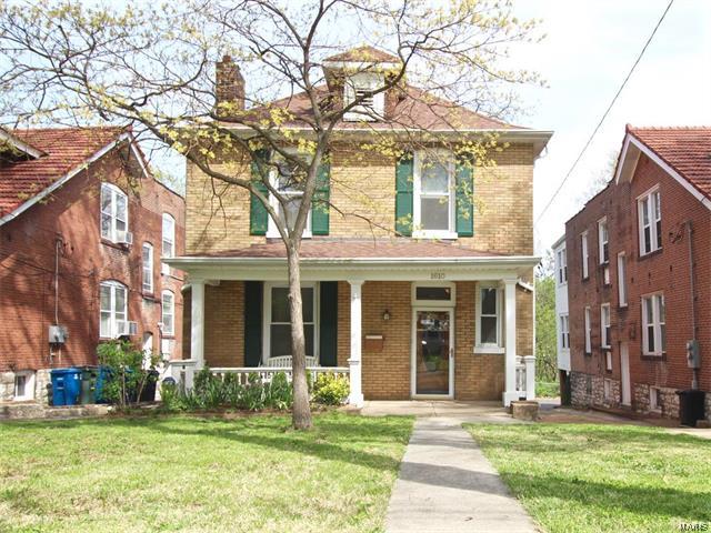 1610 Bellevue Avenue, St Louis, MO 63117