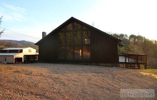 806 Reece Hill Road, Mountain City, TN 37683