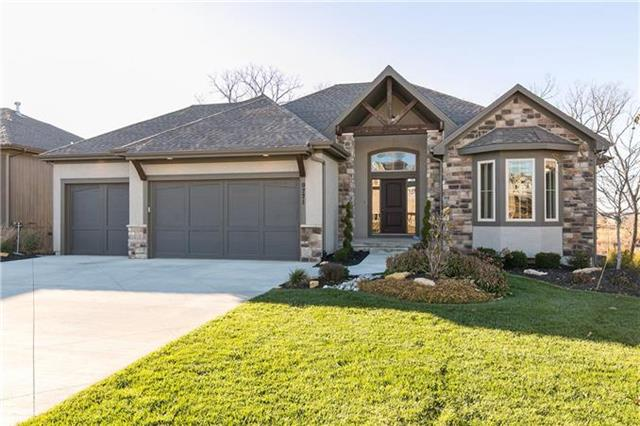 9771 Shady Bend Circle, Lenexa, KS 66227