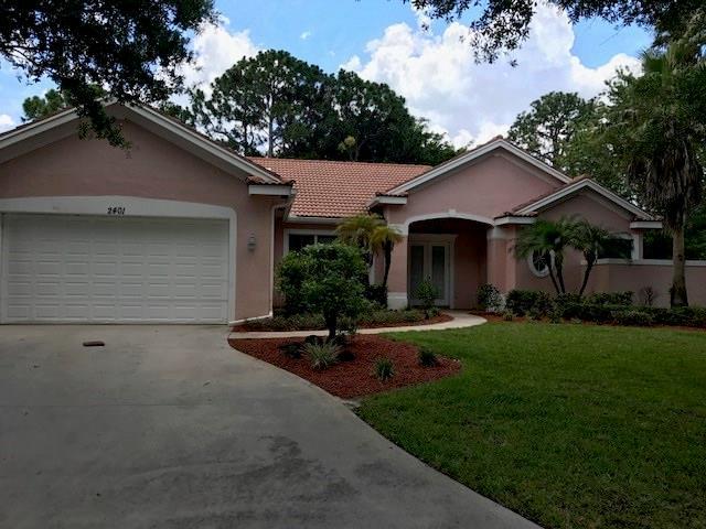 2401 SW CARRIAGE Place SW, Palm City, FL 34990