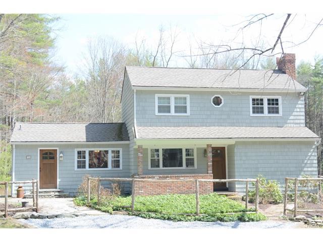 78 Eden Road, Cuddebackville, NY 12729