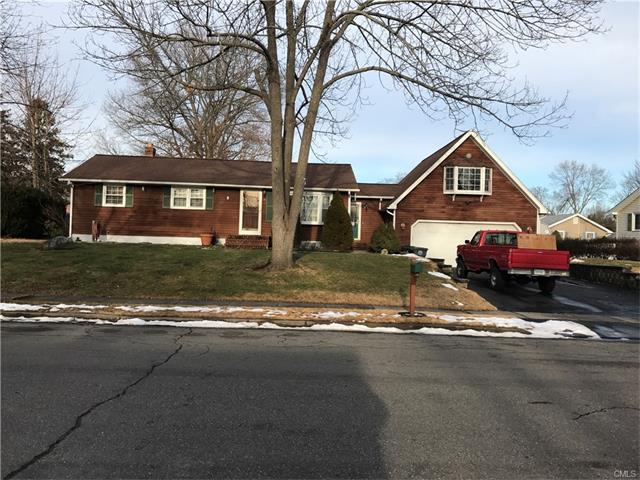 11 Cherrywood Drive, Milford, CT 06461