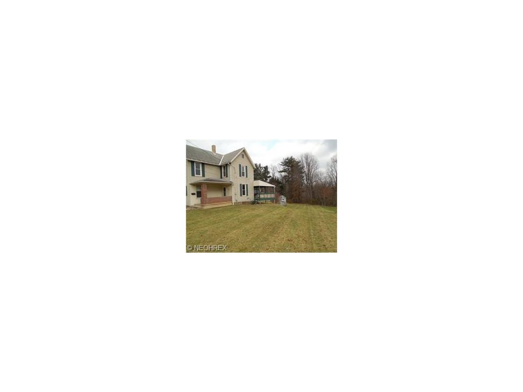 616 Hill St, Coshocton, OH 43812