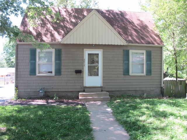 6015 W 53rd Terrace, Mission, KS 66202