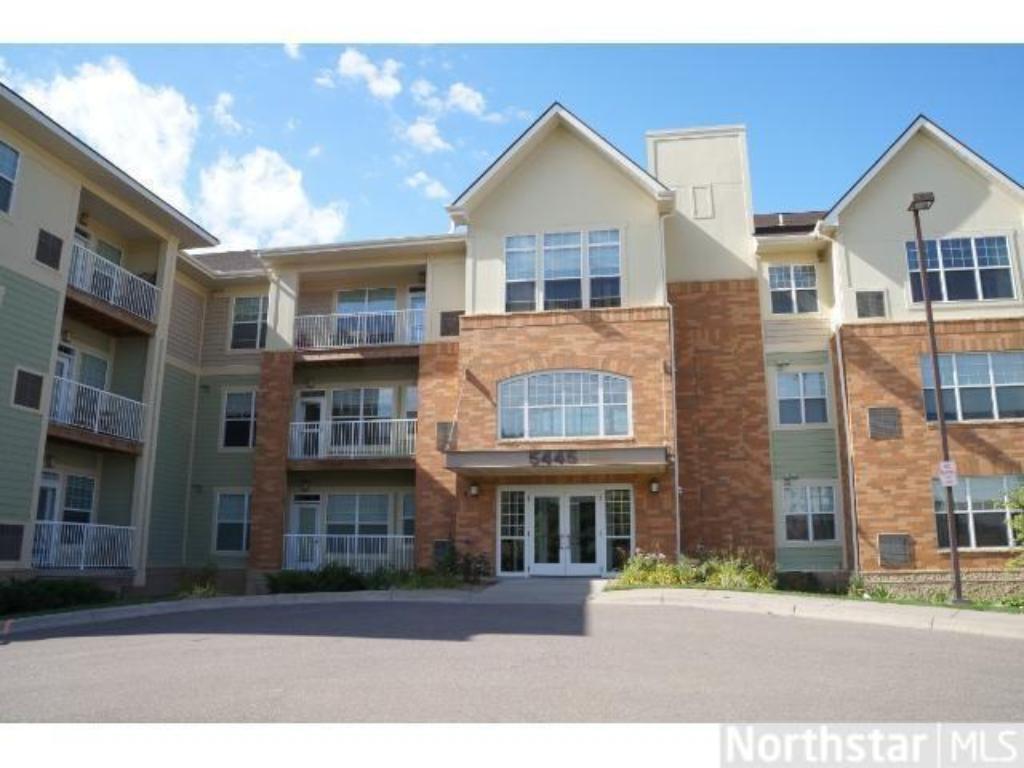 5445 Boone Avenue N 317, New Hope, MN 55428