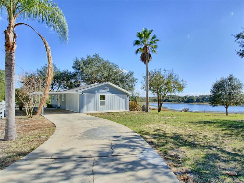 4200 DOVE VALLEY LANE, LADY LAKE, FL 32159