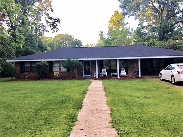 422 W CHEROKEE Street, Centreville, MS 39631