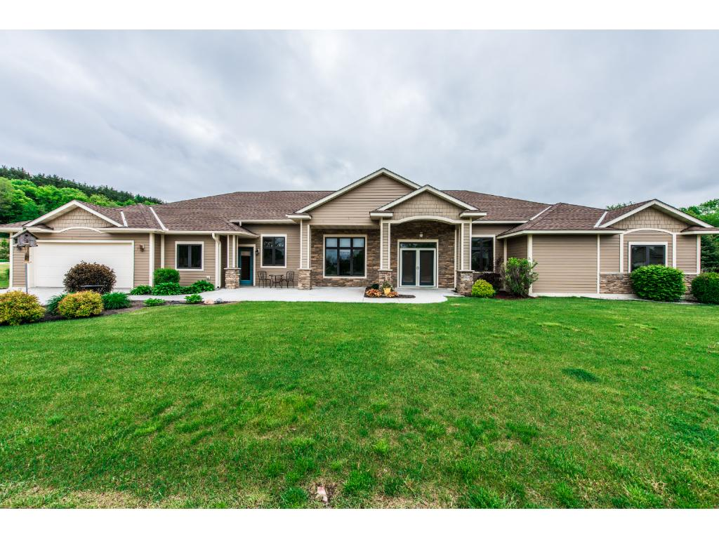 315 Larkspur Lane, Cannon Falls, MN 55009