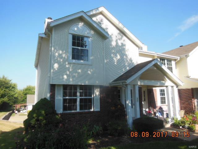 66 Meadow Run Court, St Peters, MO 63303