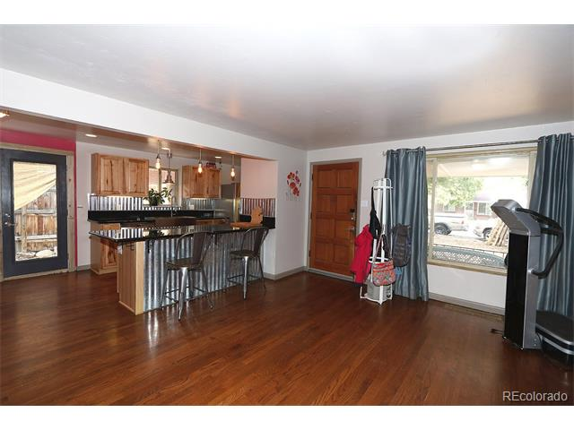 8040 W 16th Place, Lakewood, CO 80214