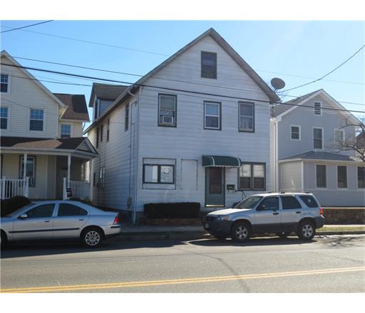 29 Lincoln Avenue, Monroe Township, NJ 08831