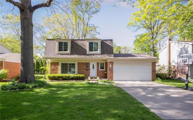 16028 BIRWOOD Avenue, Beverly Hills Vlg, MI 48025