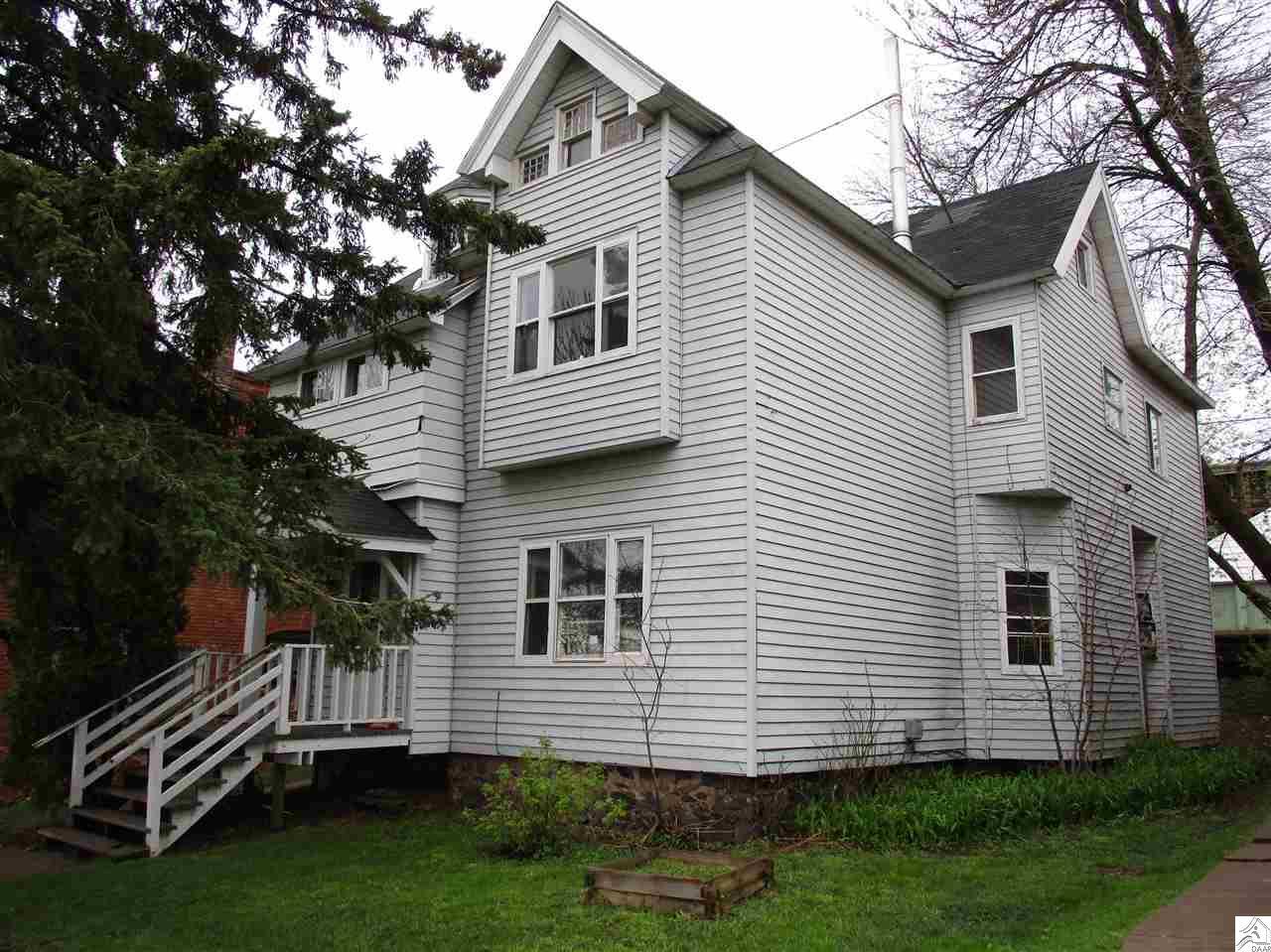 205 E 3rd St, Duluth, MN 55805