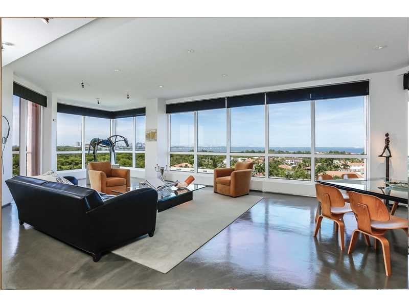 10 EDGEWATER DR 8G, Coral Gables, FL 33133