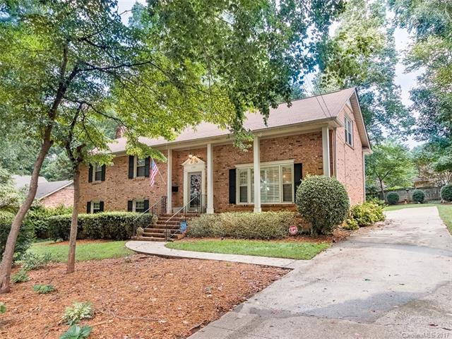 2301 Huntingtowne Farms Lane, Charlotte, NC 28210