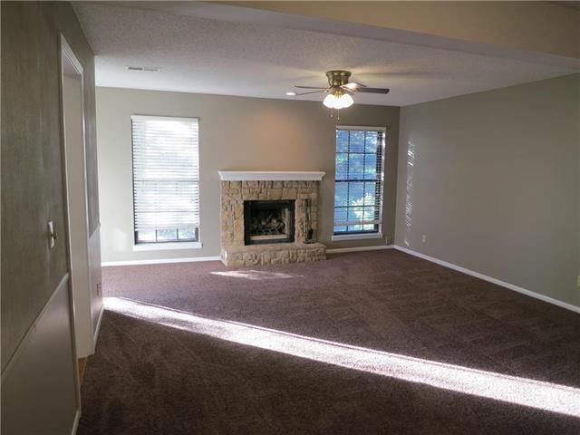 12738 W 110th Terrace, Overland Park, KS 66210