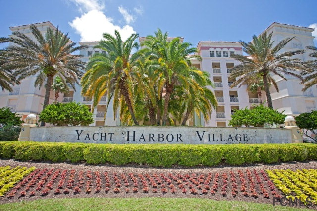 102 Yacht Harbor Dr, Palm Coast, FL 32137