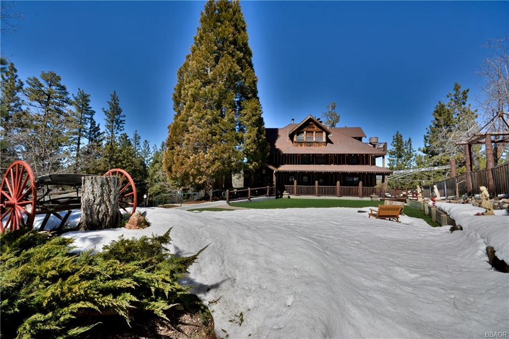 869 Knickerbocker Road, Big Bear Lake, CA 92315