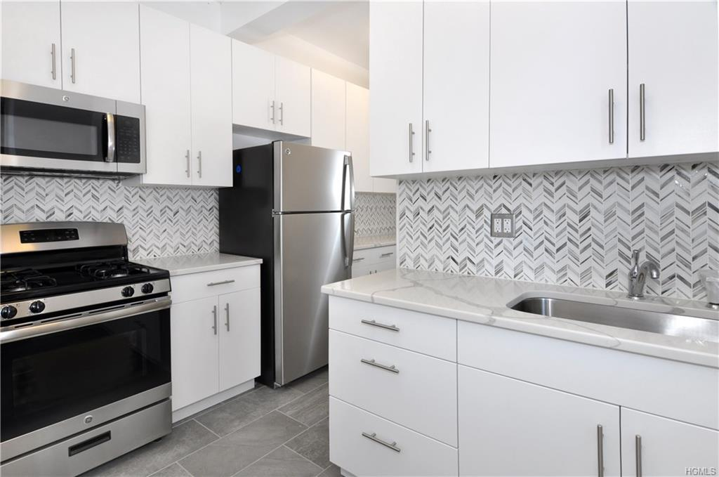 4380 Vireo Avenue L-8, Bronx, NY 10470