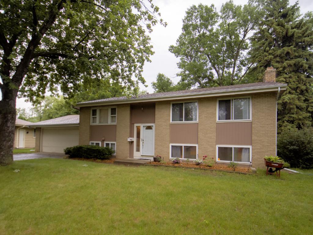 8213 Johnson Circle, Bloomington, MN 55437