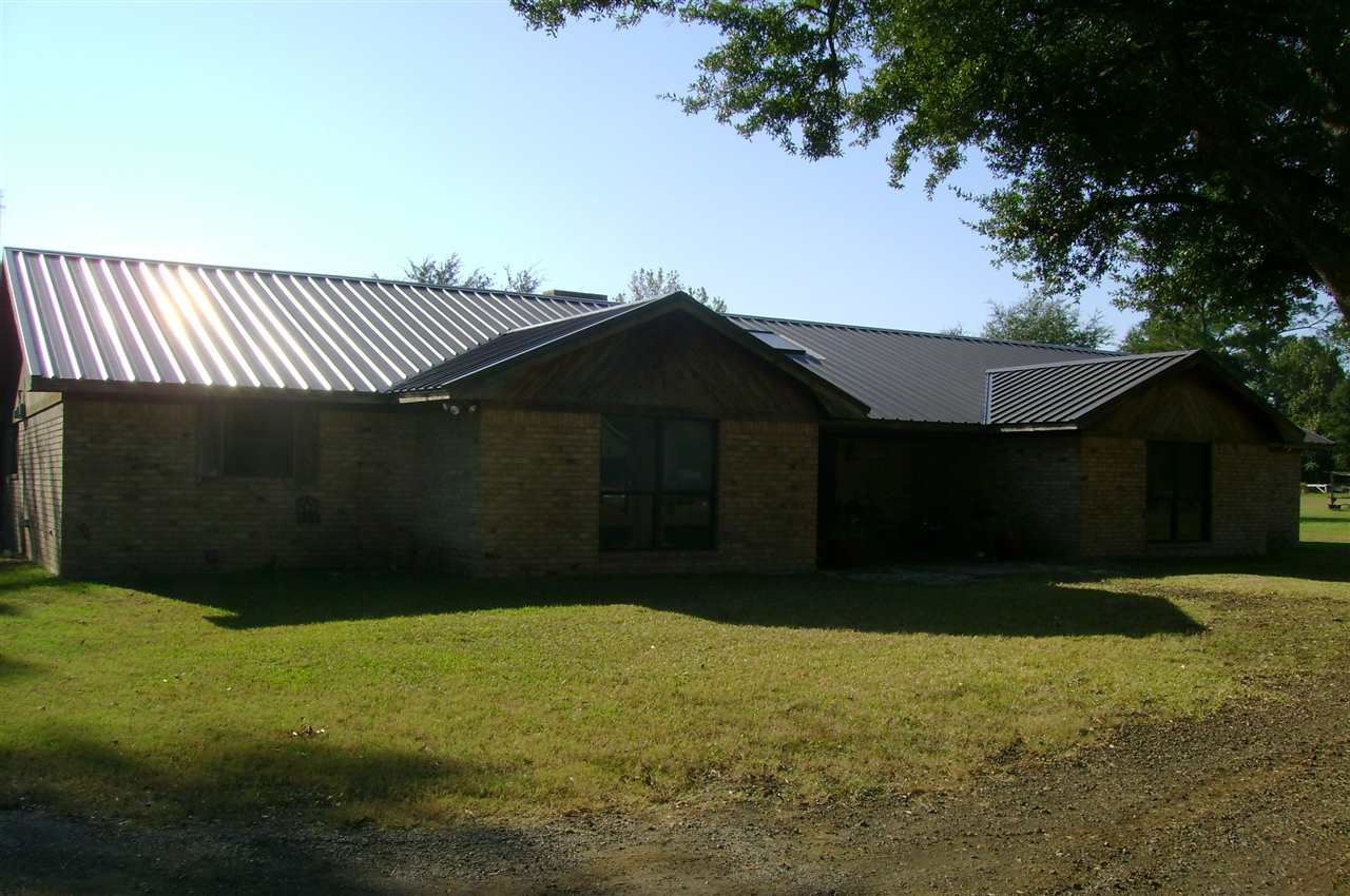 304 N Fourth, Timpson, TX 75975