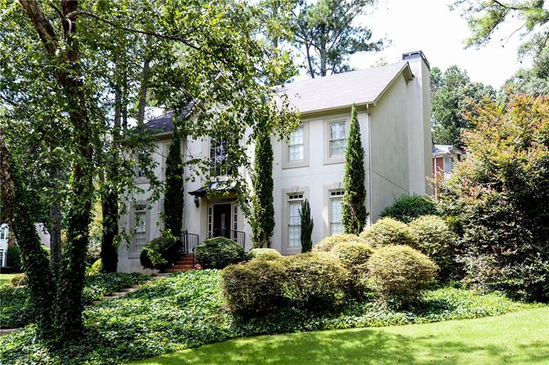 4015 Inverness Crossing, Roswell, GA 30075