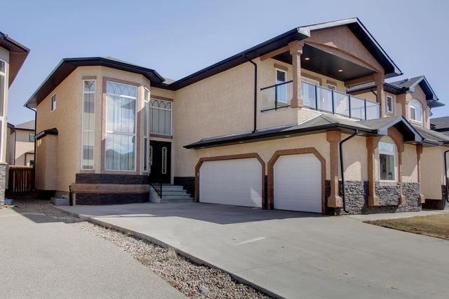 858 WILDWOOD Crescent, Edmonton, AB T6T 0M1