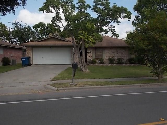 4338 Woodland Creek Dr, Corpus Christi, TX 78410