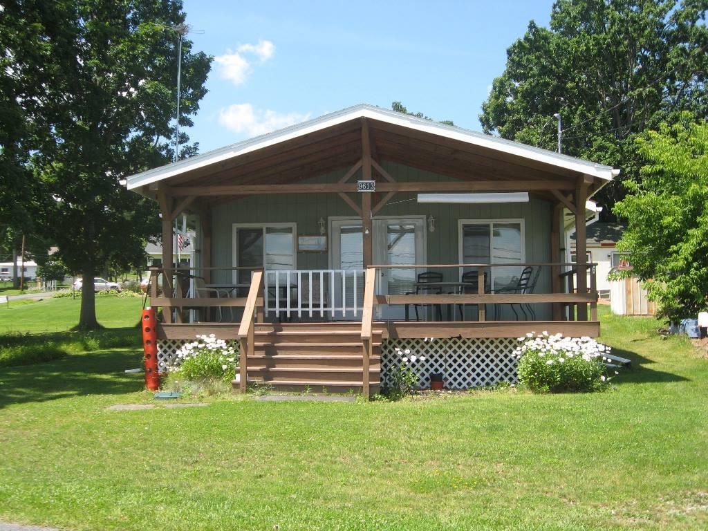 9613 Lake Shore Drive, Wayne, NY 14893