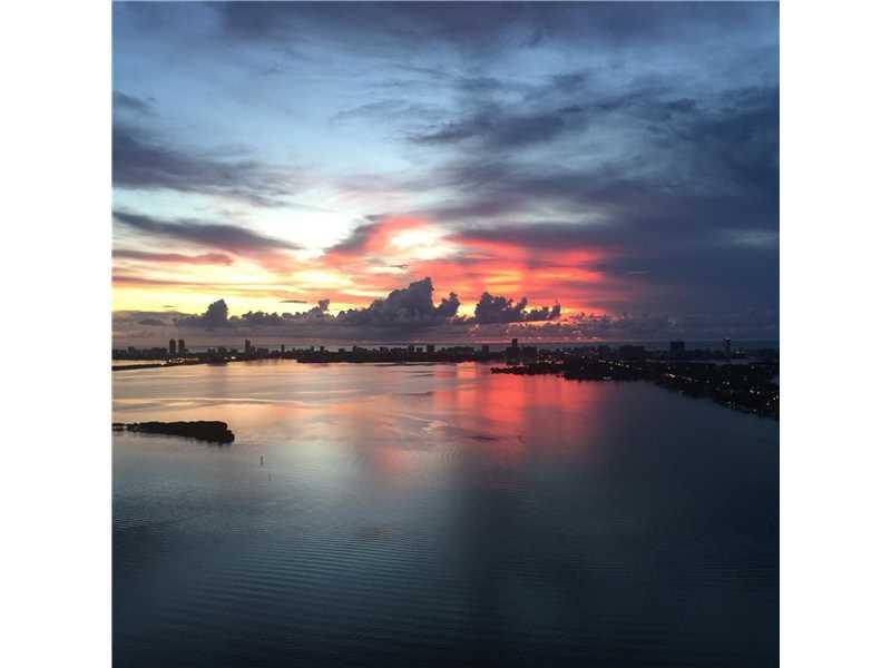 1800 N Bayshore Dr 3703, Miami, FL 33132