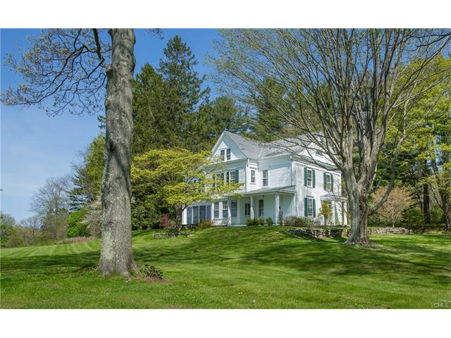 925A Old Quaker Hill Road, Pawling, NY 12564