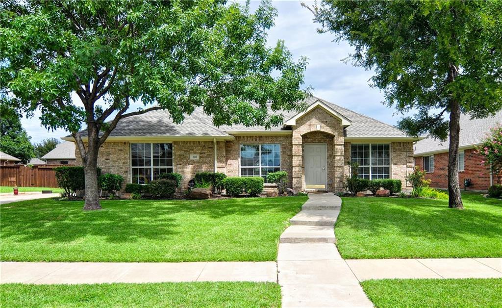 305 Royal Oak Drive, Murphy, TX 75094
