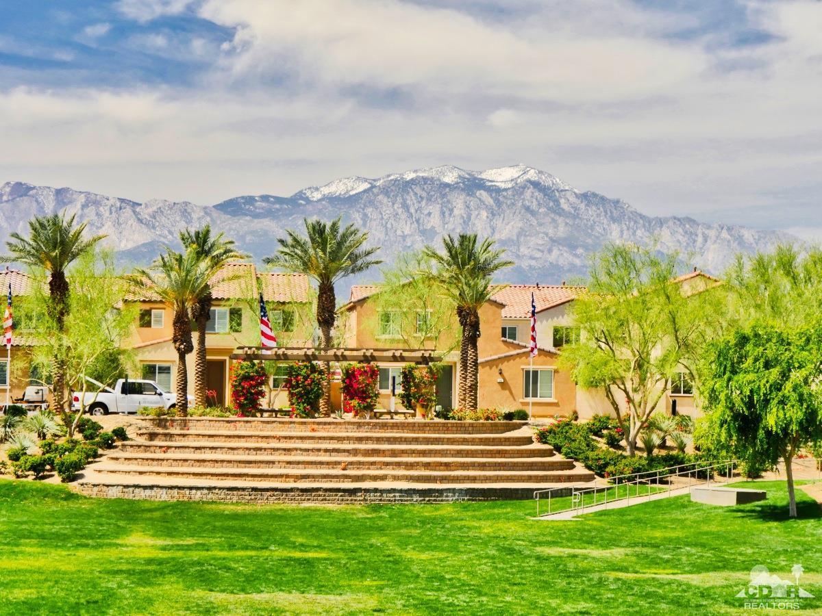 462 Via De La Paz, Palm Desert, CA 92211